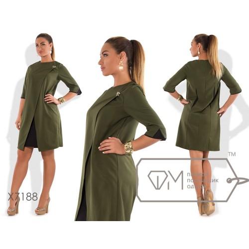 Платье миди полуприталенное из креп-костюмки с эффектом двуслойности на переднем запахе с брошкой и цветной отделкой X7188