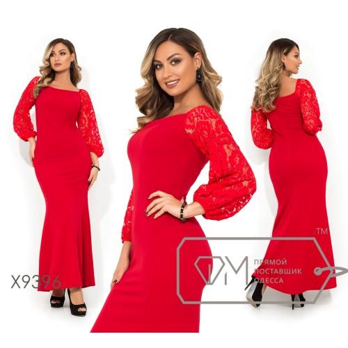 Платье в пол покроя-русалка с гипюровыми длинными рукавами прямоугольным вырезом на груди и спинке X9396